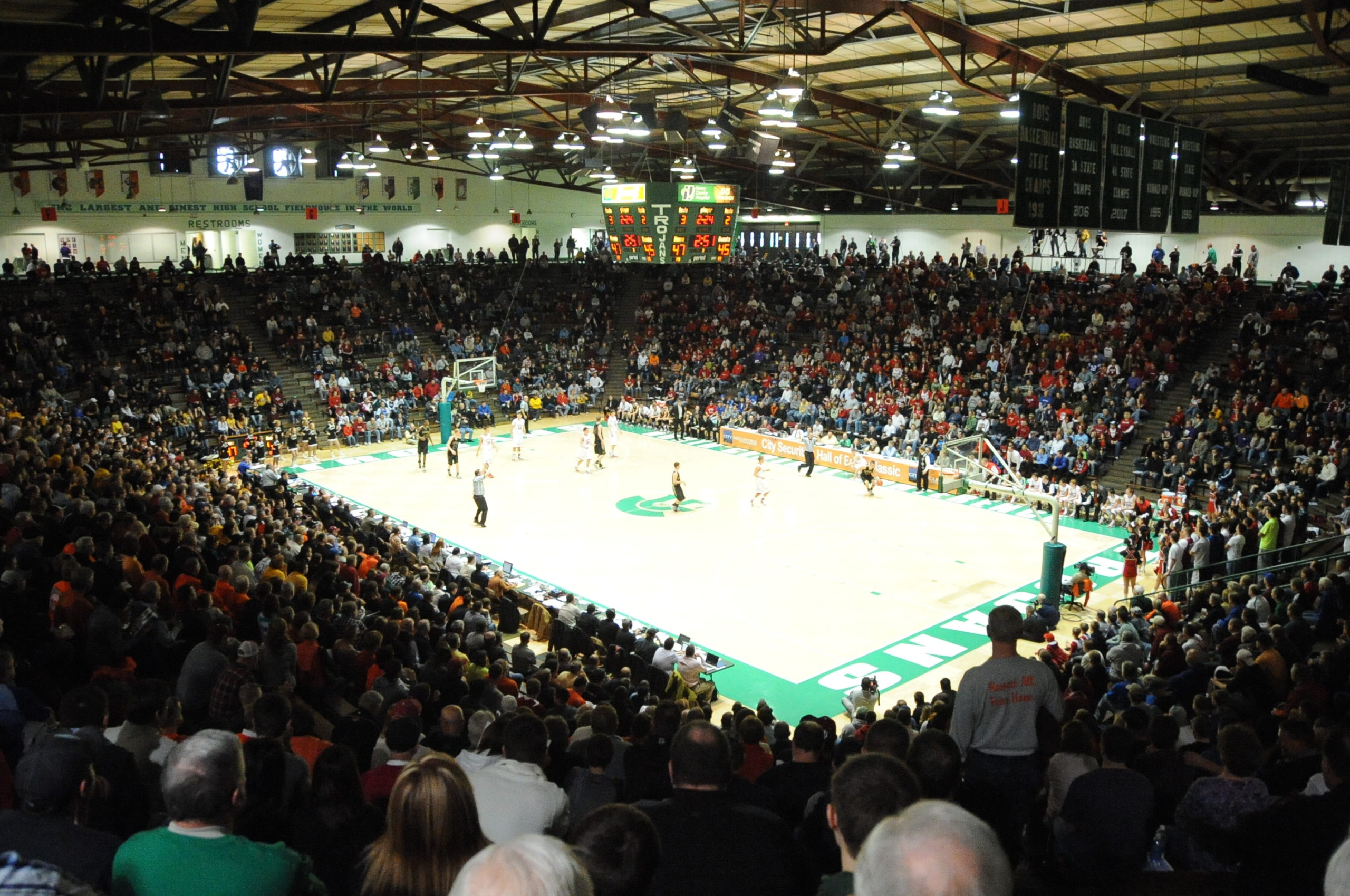 2010 Raymond James Boys' Hall of Fame Classic played at the New Castle Fieldhouse